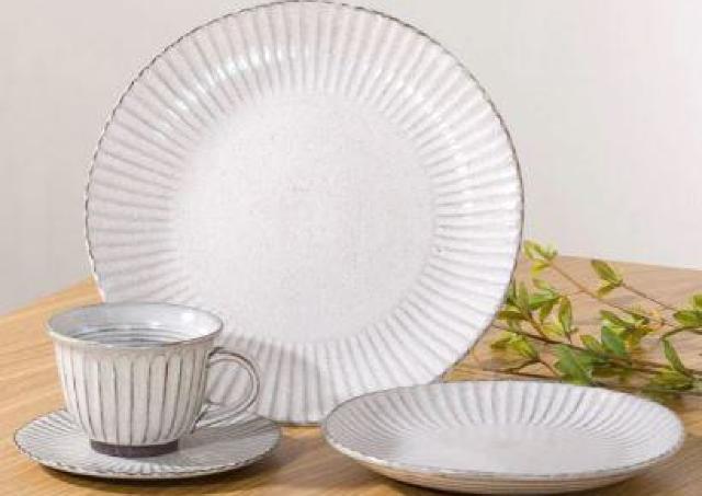 お手頃価格なのに高見え。 インスタで人気の「ニトリ」食器シリーズ3選。