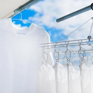 洗ったのになぜかクサイ! 「洗濯物のニオイ」家庭でできる対策教えるよ~。