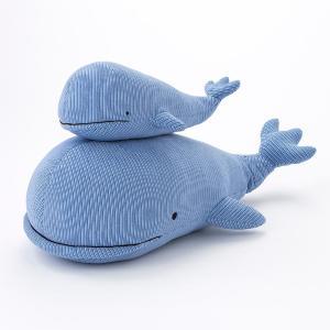 抱きつくと本当に涼しいんです...!暑い夏はカインズのクジラに注目。