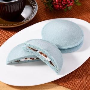 ファミマでチョコミントパン祭り 青いパンケーキもパワーアップ!