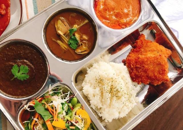 【朗報】カレー屋の食器、3COINSに売ってた! インド化はかどるぞ~。