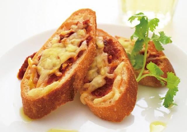 ちょい足しで本格派の味に。カルディで人気の海外調味料3つ。