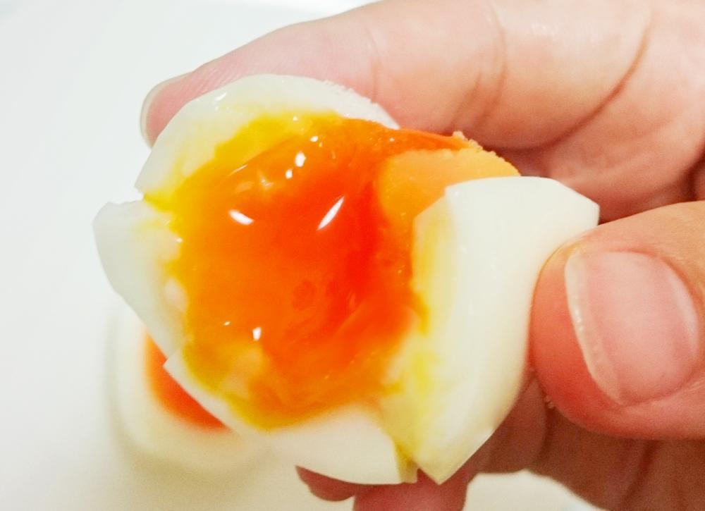 卵 ゆで 時間 半熟