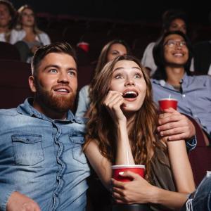 【第129回】映画館の料金が値上がり お得に楽しむ方法は?