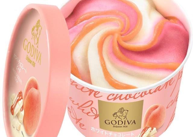 アイスで作ったお花かな? ゴディバ新作のゴージャス感がハンパない。