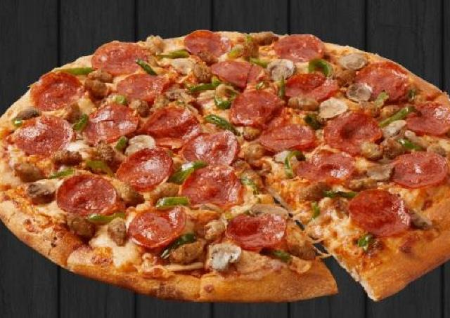 ドミノさんに感謝しなきゃ。Mサイズのピザが1800円→600円!