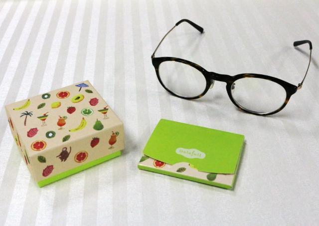 持ち歩きにも便利! 超可愛いメガネ拭き見つけたのでちょっと見て。