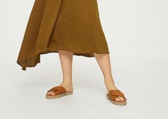 履き心地最高な上に可愛いとか...。GUのフラットサンダル、優秀すぎでは?