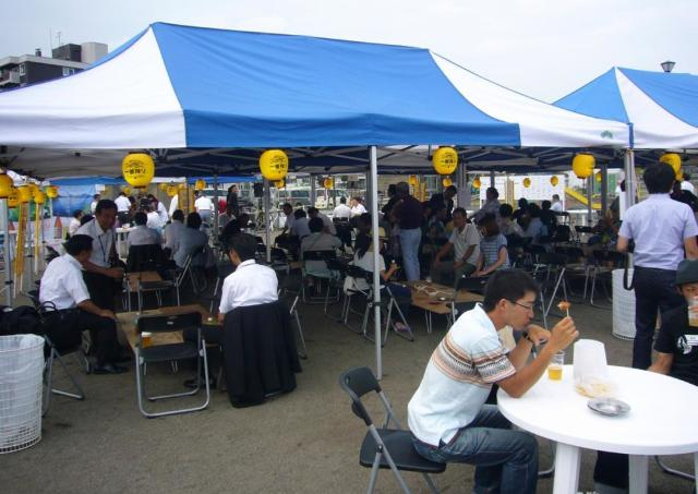 夏の空に乾杯! 内容盛りだくさんの「ちとせ川 ビール祭り」