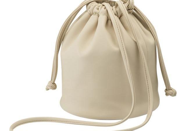 高見えで実用的、さらに可愛い。 GUの新「バッグ」もうチェックした?
