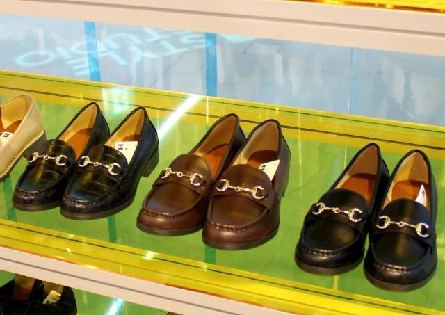 これが3000円以下なんて! GUの高見えローファー、可愛くて履きやすいの。