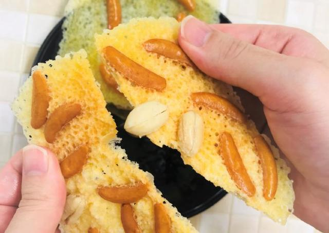 1分ちょっとで超パリッパリ! レンジでできるチーズレシピがばかうま!