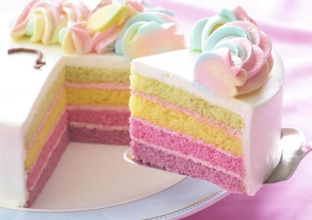 これは心持ってかれる...。 SNSで人気の「ゆめかわケーキ」が復活したよ。