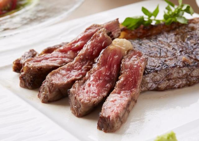 黒毛和牛のサーロインステーキが4850円→888円に! ラグビー日本代表ありがとう!