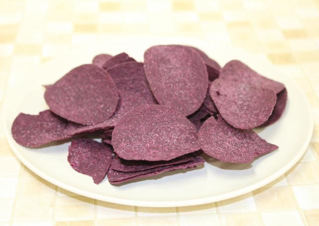100円以下ですごい満足感。 業務スーパーの紫芋おやつが美味しくてコスパ最高!