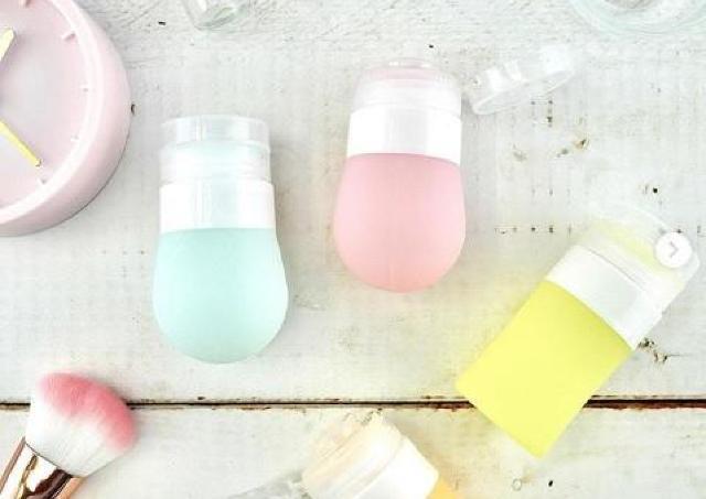 バラバラに分解、丸洗いできて衛生的! 100均の詰め替えボトル、超便利では?