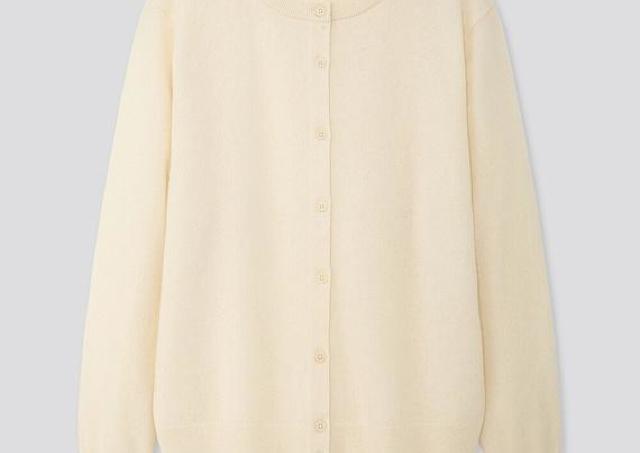 カシミヤ100%セーターは衝撃の3000円引き! ユニクロの「感謝祭」買うならこれ!