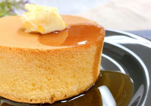 「ふわふわで感動」 ローソン話題の「厚焼きパンケーキ」、クオリティも売上も予想以上!