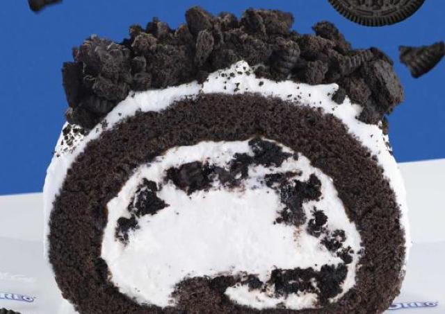 マックカフェGJ! ざくざくオレオのロールケーキ、絶対美味しいやつ。