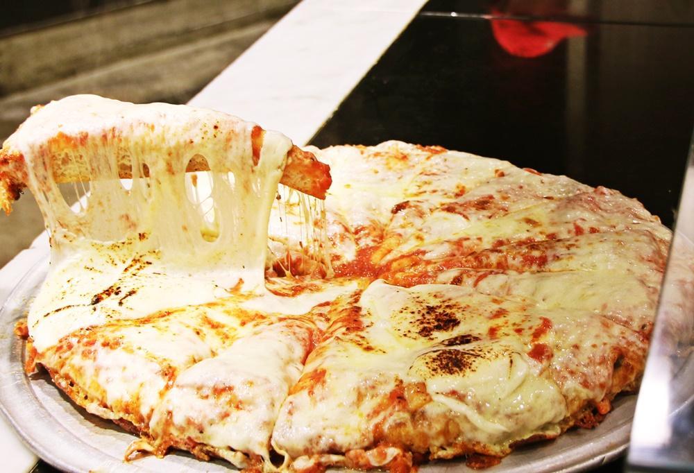 【やりすぎ企画】あつあつピッツァとドリンク1400円で食べ飲み放題、これは行くしか。→行ってきた。