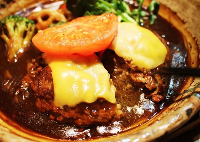 1月8日は「定食の日」。 「大戸屋」おすすめの絶品ハンバーグ食べてきた。