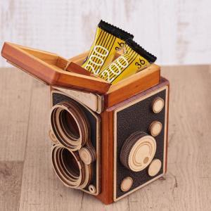 今年も争奪戦かな? カルディで揃えたいレトロな「カメラ缶」チョコ3つ