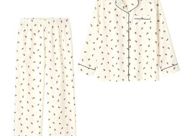 ジェラピケに似てる? GUのイチゴパジャマ、可愛すぎて一目惚れした。