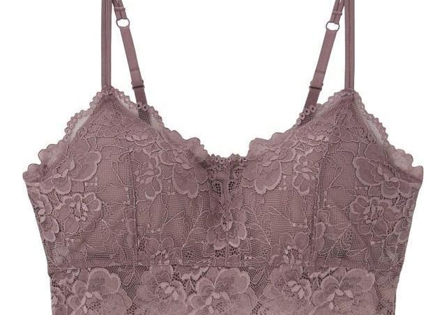 安くて可愛いのに「胸の形も綺麗に見える」! GUのワイヤレスブラ、凄すぎない?