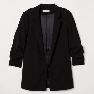 おしゃれジャケットもほぼ半額! H&Mで最大60%オフの「スプリングセール」開催中