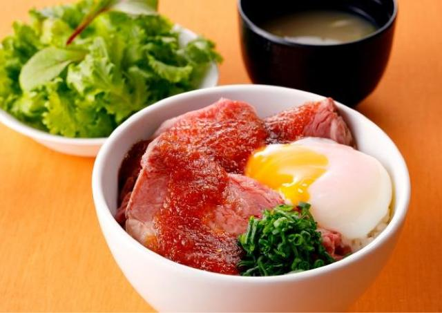 ローストビーフ丼がワンコイン! ランチは札幌東急REIへ