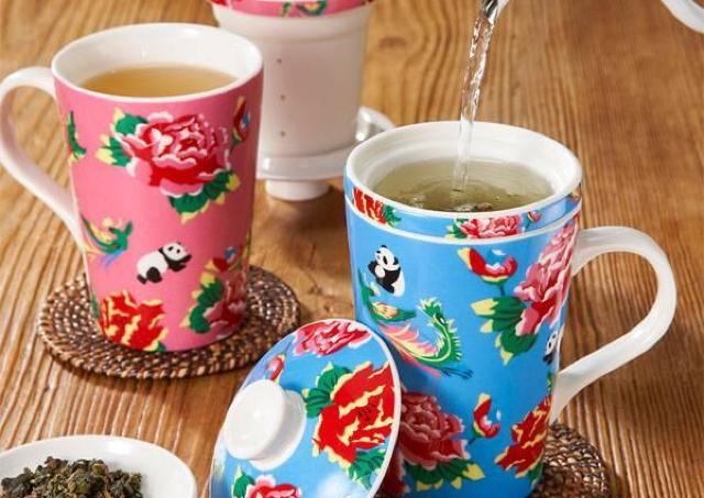 昨年は即完売、カルディ・パンダの「茶こし付きマグカップ」今年こそゲットしよ!
