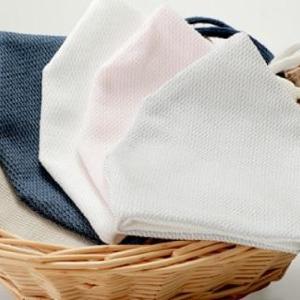 手袋メーカーの「繰り返し使える日本製マスク」が好評 抗菌・消臭・汚れを分解
