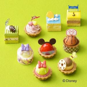 ディズニーのプチケーキ詰め合わせ、可愛すぎでは? コージーコーナー行かなきゃ。