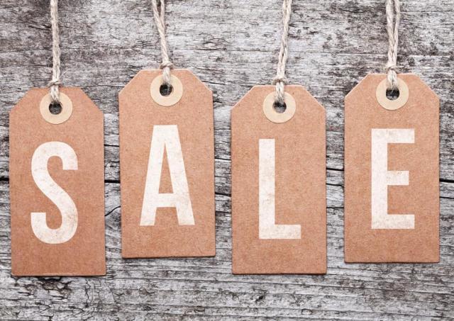 洋服や靴を最大90%オフで手に入れるチャンス! ZOZOTOWNの「夏セール」は見逃せない。