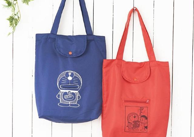 郵便局のドラえもんグッズ、遊び心満載! エコバッグもTシャツも可愛いよ~。
