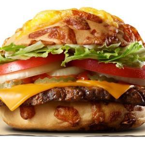 「チーズ好きにはたまらん!」 バーガーキングの新商品、「バンズ」がすごい。