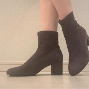 履き心地よすぎて思わず2色買い! ユニクロ「ブーツ」は1度履いたら手放せない。