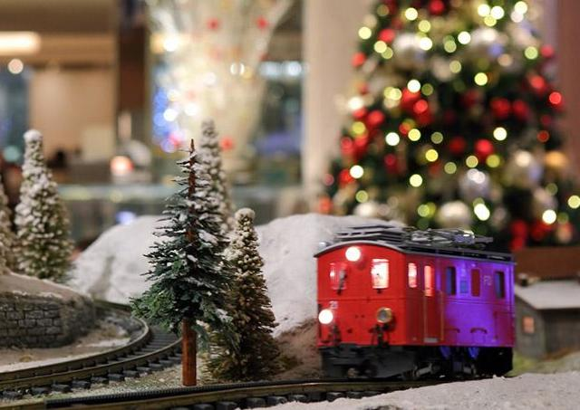 巨大ジオラマ、特別メニュー...ヒルトン大阪で「感謝と恩返しのクリスマス」
