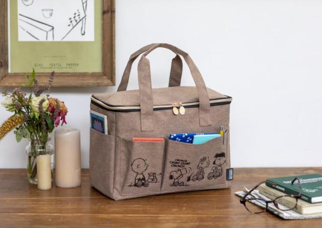 【スヌーピー】可愛さも収納力も最高!ピクニックバッグ付きBOOKは絶対ゲットね。
