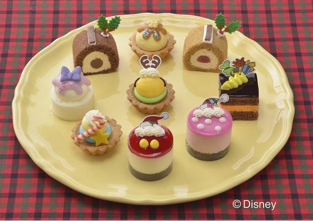 ミッキー&フレンズのXmasプチケーキにキュン!コージーコーナー行かなくちゃ。