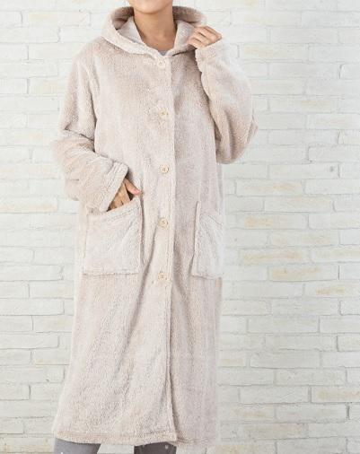 ニトリ 着る 毛布 これは反則だよ!ニトリの「着る毛布」びっくりするほどフワフワなの...