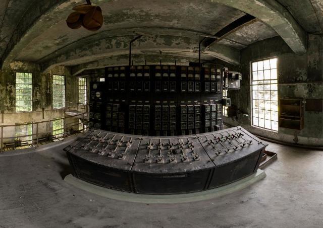 通常入れない廃墟や産業遺産を360°パノラマVRで撮影 鈴木遥華写真展