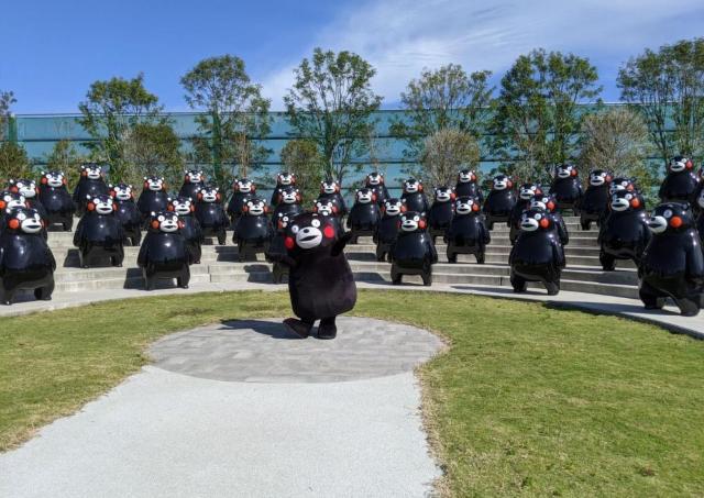 80体以上のキュートなくまモンが迎えてくれる「くまモンポート八代」プレオープン