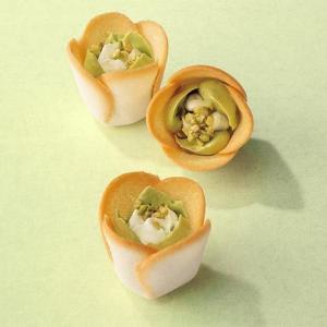 食べる前から優勝。ピスタチオ党のバレンタインは「チューリップローズ」で決まり!