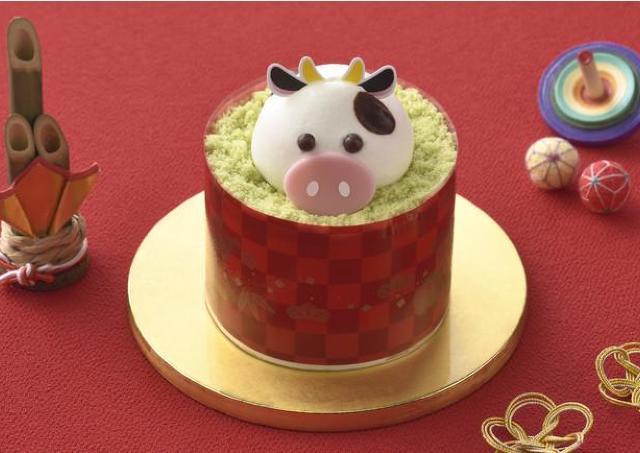 【コージーコーナー】スイーツおせちが美味しそう!うしケーキもあるよ。