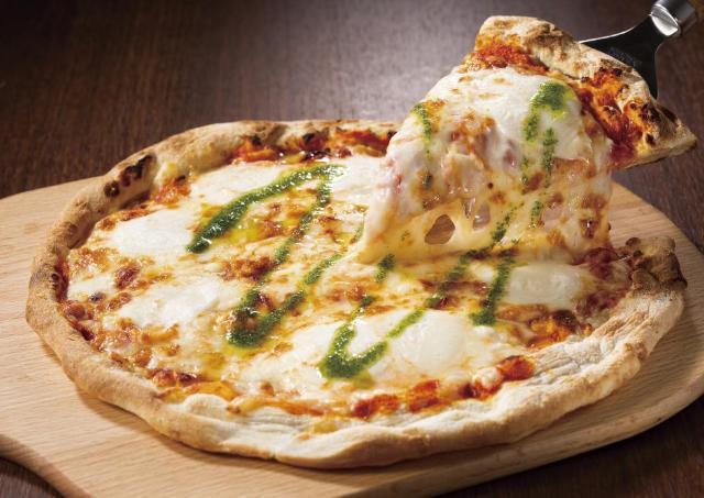 人気ピザが200円引き!ガストの「超コスパ」テイクアウトキャンペーンが帰ってきた!