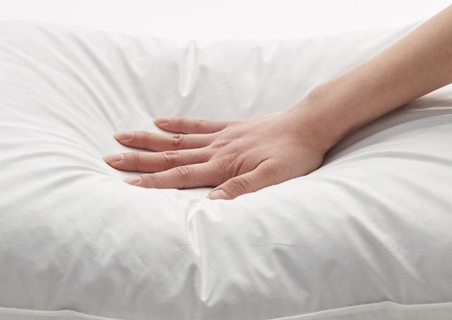 【無印良品】ヒカキン効果で大注目!寝るとき幸せになれる枕、急いでゲットしなきゃ。