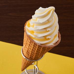【ローソン】パブロチーズタルトがワッフルコーンアイスに!シリーズ初のコラボは期待大。
