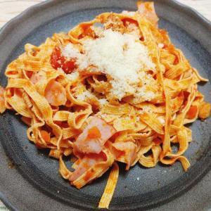【業務スーパー】高たんぱく質&低糖質なパスタに!?「豆腐皮スライス」が優秀。