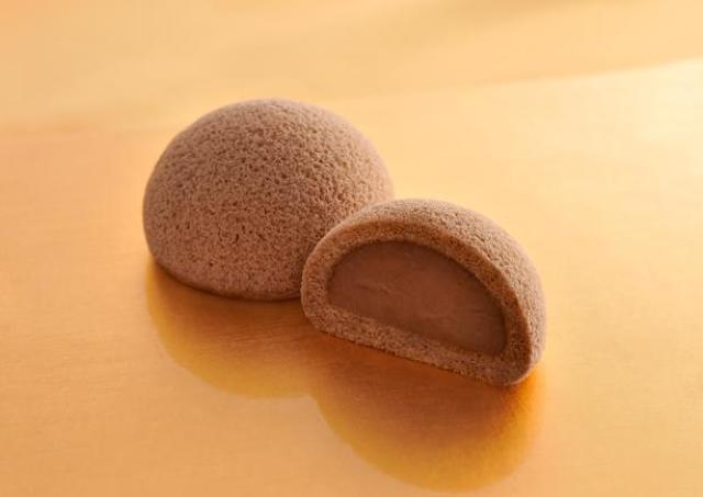 多くの声に応え復活!チョコ味の萩の月「萩の調」期間限定で買えるよ。